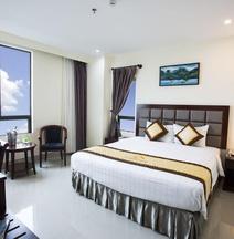 Sea Front Hotel