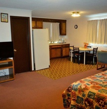 Budget Host Inn - Iron Mountain