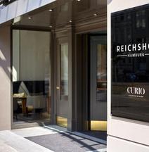 Reichshof Hamburg, Curio Collection By Hilton