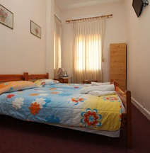 Amalia City Rooms