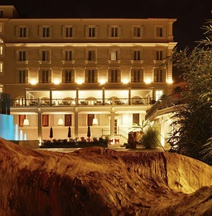 Hotel The Building