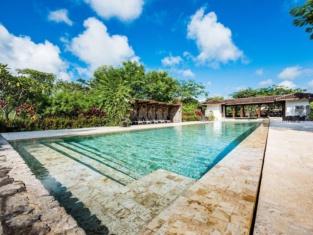 Hacienda Pinilla Vacation Rentals