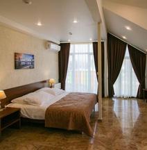 Отель «Регата»