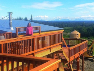 Raven House Alaska Lodging & Vacation Rentals
