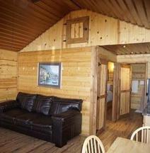 Stateline Cabins & RV