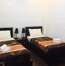 Jo Carter£§s Hotel & Suites