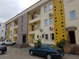Emzrel Hotel & Suites
