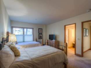 Cascades A 1 4 Bedroom Condo By Accommodations in Telluride
