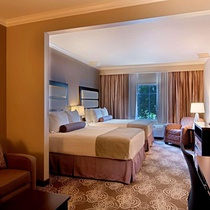 Best Western Plus Miami Airport North Hotel and Suites