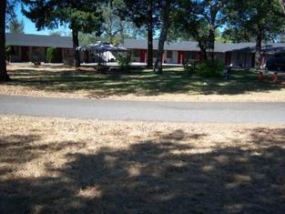 Shasta Dam Motel
