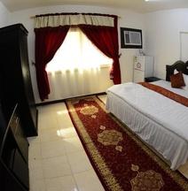 Al Eairy Furnished Apartments Dammam 8