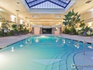Holiday Inn Park Plaza