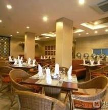 Crown Regency Prince Resort Boracay