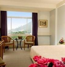 普吉梅林酒店