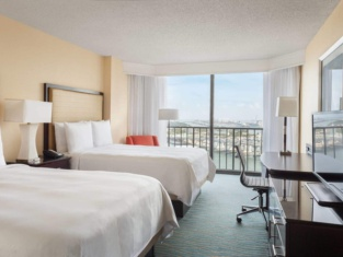 Marriott Biscayne Bay