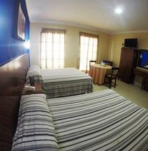 Hotel & Suites Oriente
