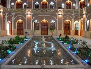 Moshir Al-Mamalek Hotel