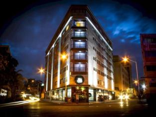 Hotel Perla Central