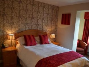 Chilton Country Pub & Hotel