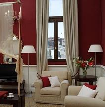 โรงแรมรุซซินีพาเลซ