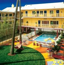 Hotel Del Sol, a Joie de Vivre Hotel