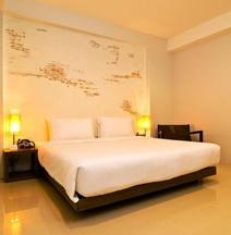 The Album Hotel