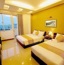 Happy Light Hotel