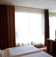 โรงแรมพาร์คคอนซุล เคิล์น