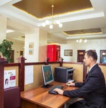 Amaks Omsk Hotel