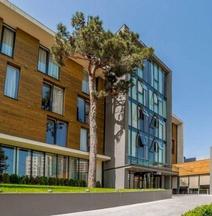 Отель «Иверия Инн» Тбилиси