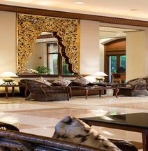โรงแรมชาเทรียม รอยัลเลค ย่างกุ้ง