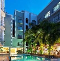 Country Internacional Hotel
