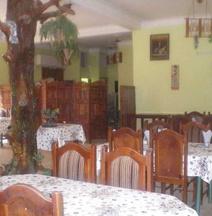 Club 34 Hotel