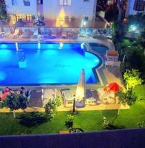 Hotel Caria Royal