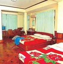 Shwe Thazin Hotel Sittwe