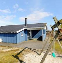 Four-Bedroom Holiday Home in Fanø 9