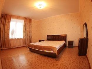 Dekabrist Apartment at Krasnoarmeyskaya 14
