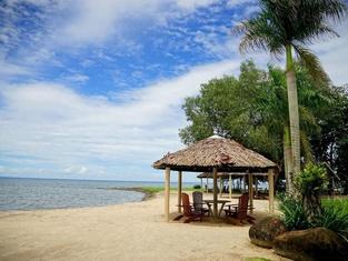 Liamo Reef Resort