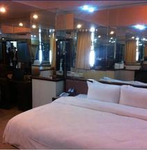 Chang An Good World Hotel