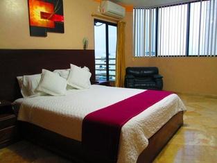 Hotel Bucaneiro