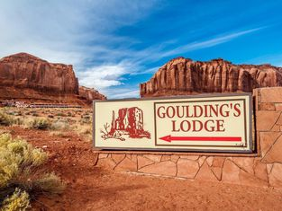 Goulding s Apartments