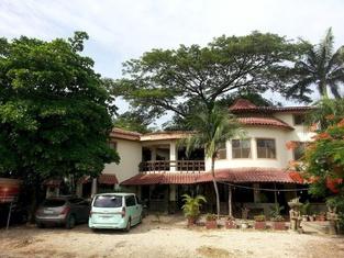 Hotel Mamiri