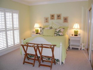 516 A Drive Away 3 Br Villa by RedAwning