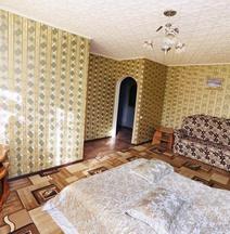 Spytnik Park Haus Apartment
