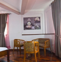 Anjary Hotel