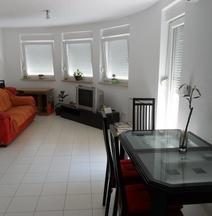 Apartment Lela