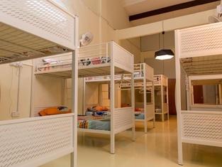Vloft Backpackers Hostel