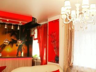 Lenin Apartment
