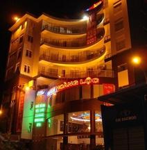 Hoang Loc Hotel