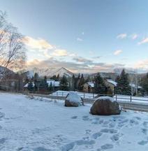 Snowcreek in Sun Valley Village by Alpine Lodging